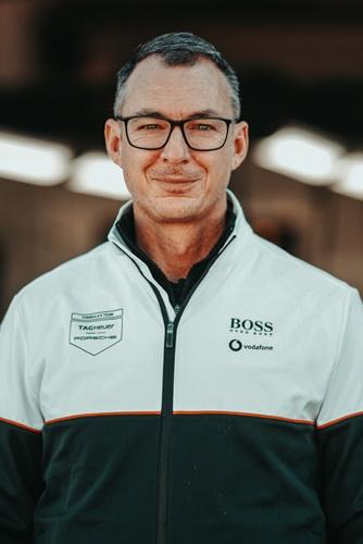 Amiel Lindesay คาดหวังถึงผลงานที่ดีในช่วงครึ่งฤดูกาล ของทีมแข่ง TAG Heuer Porsche Formula E