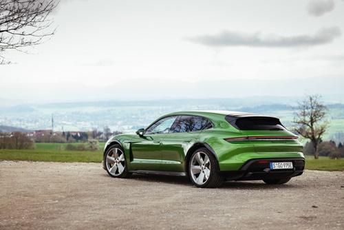 ปอร์เช่มียอดส่งมอบรถยนต์ใหม่เพิ่มขึ้นถึง 31 เปอร์เซ็นต์ ภายในระยะเวลา 6 เดือนแรกของปี 2021