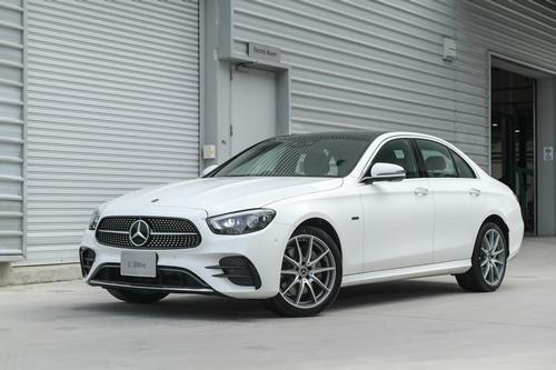 Mercedes-Benz The new E-Class ปรับลุคใหม่ หรู แรง แต่ประหยัด(ขึ้น)